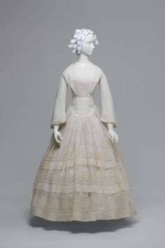 1845-1855 Wedding dress thought to have been worn by the mother or mother-in-law of Margaret White (nee Fletcher) - MAAS Collection