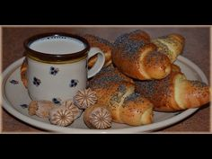 Loupáčky, loupáky - Vaříme doma #Andrea - YouTube Ciabatta, Dumplings, Pretzel Bites, Food Styling, French Toast, Food And Drink, Bread, Breakfast, Tableware