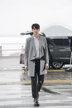 """'ASTRO' Cha Eun Woo, one week after debut is called """"preliminary Hallyu star"""" by Chinese media group - Naver TV: Entertainment   #ASTRO #EUNWOO HAS BEEN OFFERED A ROLE IN A CHINESE DRAMA!!! http://entertain.naver.com/read?oid=023&aid=0003148526"""