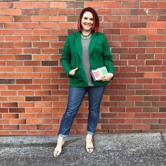 Eloquii is based in the states and makes clothes from Size 14 to Size 28 (US). I have ALWAYS wanted to buy from Eloquii. Size 14 Women, Working Woman, My Wardrobe, Everyday Fashion, Plus Size Fashion, Work Wear, What To Wear, Curvy, Dress Up