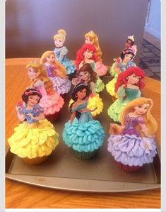 """Pinner said: """"Disney Princess Cupcakes. :) I used kid's party cups with the princesses on them from Walmart - just cut out the images I wanted to use and glued cake pop sticks to the back. These were so fun to make. Disney Snacks, Girl Birthday, Birthday Parties, Birthday Cake, Birthday Ideas, Disney Birthday, Birthday Nails, Birthday Wishes, Happy Birthday"""