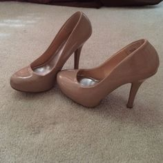 Nude pumps A nude sleek heel that is not difficult to walk in and has been worn only two times. They are a good quality as well. a'gaci Shoes Heels