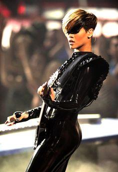 Rihanna Haircuts for Short Hair for Women Short Sassy Hair, Short Hair Cuts, Rihanna Short Haircut, Rihanna Hairstyles, Cool Hairstyles, Love Hair, Great Hair, Rihanna Pixie, Short Haircuts