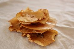 Love At First Bite....Eating for a healthier life: Bake-Dried Apple Chips