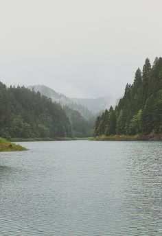 amyscrusade: oregon lost lake on Flickr. - themountainlaurel