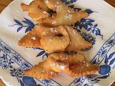 Fattigman, also known as poor man cookies, is a favorite sweet in Norwegian and Swedish households. Here's how to make the fried sugary goodness. Norwegian Food, Norwegian Recipes, Swedish Cookies, Cookie Recipes, Dessert Recipes, Desserts, Scandinavian Food, Scandinavian Christmas, Cookies