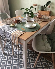 Kitchen Organization For Small Spaces, Küchen Design, House Design, Home Interior Design, Interior Decorating, Ikea Decor, Kitchen Room Design, Apartment Layout, Home Accessories