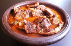 A delicious recipe for a Portuguese slow cooker pot roast, known as Alcatra.