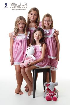 Colección fucsia Comunión 2016 Cute Little Girl Dresses, Beautiful Little Girls, Little Girl Outfits, Cute Girl Outfits, Little Girl Fashion, Cute Little Girls, Kids Outfits, Girls Sleepwear, Girls Pajamas