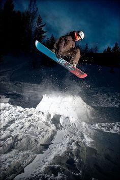 Snowboarding #snowboarding #sport #snow #blueprint http://www.blueprinteyewear.com/