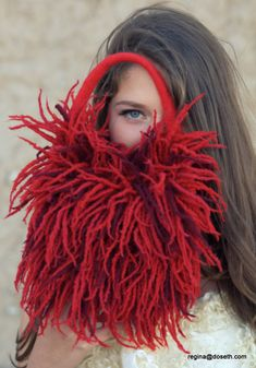 Felted red purse clutch felt handbag wool blood bag carmen evening fringes dreads scarf red fire Regina Doseth handmade Lithuania EU