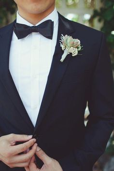 K:2218 jacket+pants+tie High Quality Stripe Mens Suits Groom Tuxedos Groomsmen Wedding Party Dinner Best Man Suits