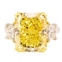 10 Carat  Natural Fancy Yellow Radiant Cut Diamond Ring