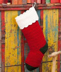 Quick and Easy Stocking free crochet pattern - Free Stocking Crochet Patterns - The Lavender Chair