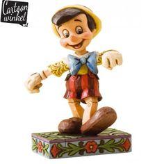 Dit prachtige Disney beeldje van het wereldberoemde jongetje Pinokkio is een echte must-have voor de Disney fan. Het Beeldje is van een uitstekende kwaliteit en heeft prachtige details.