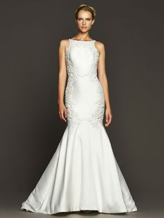7 wedding dresses with dazzling details - Crawford