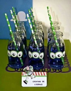 Trendy toys story birthday party ideas buzz lightyear ideas - Toys for years old happy toys Fête Toy Story, Toy Story Theme, Toy Story Party, Toy Story Birthday, Third Birthday, 3rd Birthday Parties, Birthday Ideas, Cocktail Disney, Disney Cocktails