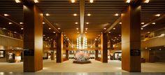 「ホテルオークラ東京」の本館が9月から解体される。国内外の人を虜にしてきた、谷口吉郎設計の傑作ロビーはどのようにして誕生したのか。写真とともに紹介する。