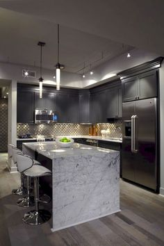 6 Certain Cool Tips: Kitchen Remodel Rustic Modern kitchen remodel grey blue.Kitchen Remodel Dark Cabinets Back Splashes vintage kitchen remodel breakfast nooks.Kitchen Remodel Dark Cabinets Back Splashes. Sweet Home, Luxury Kitchens, Cool Kitchens, Gray Kitchens, Small Kitchens, Interior Design Kitchen, Home Design, Contemporary Interior, Luxury Kitchen Design