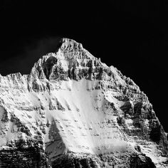 'The Cutting Edge'  Skiing back into O'hara this winter for the first time has me more excited than ever for its peaks this summer. Here Mount Hungabee looks surreal against a cloudless backdrop. And they ask me at work why I don't want to move?  #mountaincultureelevated #alwaysexplore #totescanadian #natgeotravel #themountainiscalling #rockymountains #backcountry #canada #natureaddict #banff #tlpicks #passionpassport #welltravelled #eklusive_shot #lifeofadventure #wildernessculture…