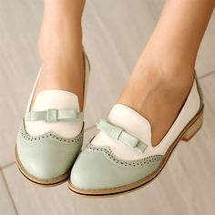 Women'S Retro Mary Janes Brogue Flat Oxford Bowknot Casual Pumps Wing Tip Shoes Cute Shoes, Me Too Shoes, Shoe Boots, Shoes Heels, High Heels, Dress Shoes, Retro Mode, Loafers For Women, Shoes Women