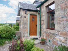 Distillery Cottage, Aberlour, Highlands and Islands, Scotland, Sleeps 4, Bedrooms 2, Pet Friendly Holiday Cottage.