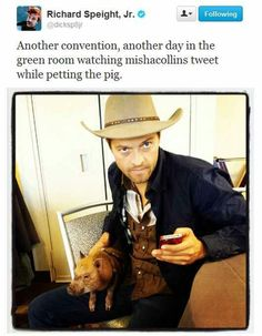 Hi Hello Here's Misha Collins Being Adorable With A Pig--- click thru.the pig is a Castiel fan! Misha Collins, Richard Speight, Supernatural Tv Show, Supernatural Convention, Bubbline, Winchester Boys, Winchester Brothers, Hilarious, Funny