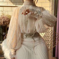 2019 New Fashion Spring Women& Sweet Beads Bubble Sleeve Pearls Button Gauze Blouses Ladies Elegant Mesh Shirt Blusas Tops Look Fashion, Fashion Outfits, Womens Fashion, Fashion Spring, Fashion Blouses, Fashion Ideas, Club Fashion, Fashion Trends, Fashion Belts