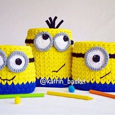 """Для маленьких фанатов этих жёлтых коротышек в синих комбинезонах получился вот такой наборчик """"Миньоны"""". Яркие, забавные корзиночки-миньоны, готовы поселиться в вашем доме, украсят детскую и принесут радость детям. Играйте с ними, складывайте в них игрушки или канцелярию. Начните свой день ярко!☀️ Размер корзин: высокая- h-16, d-12 средняя- h-12, d-14 маленькая- h-11,d-12  Цена набора: 1500₽ Для заказа пишите прямо в комментариях."""