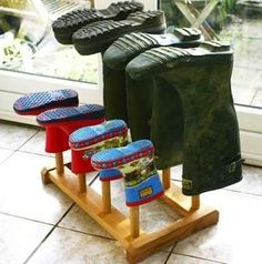 Whether you love or loathe winter, bulky boots are a fact of life when the weather turns cold. Keep from tracking mud and snow through front halls and mudrooms with these creative boot storage ideas to suit families of all sizes and homes of styles. Coat And Shoe Storage, Entryway Shoe Storage, Kitchen Storage, Cupboard Storage, Garage Storage, Boot Dryer, Boot Rack, Decoration Entree, Kids Wood
