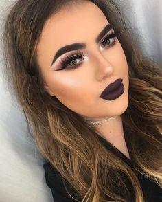 Maquillaje con labios oscuros ¿Te animas a usarlos? http://comoorganizarlacasa.com/maquillaje-labios-oscuros-te-animas-usarlos/ #Beauty #Belleza #inspo #make up #Makeup #Makeuptrend #Maquillaje #Maquillajeconlabiososcuros #Moda #tendenciaenmaquillaje #Tendenciasenmaquillaje