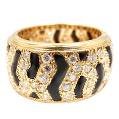 CARTIER Panther Diamond and Onyx Yellow Gold Ring at 1stdibs