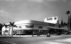 "One pinner says of this 1947  photo, ""I'm sure this Thrifty/A&P was at the southwest corner of Sunset & Fairfax in Hollywood. The building...now houses a Rite Aid store. It's all drug store now."" Another pin adds an interesting remark, ""I just noticed that there is one of the old semaphore traffic signals on the corner. I was fascinated by those when I was a kid. When the signal changed, the semaphore arms would switch and a bell would ring."""