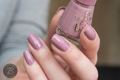 BibbediBabbediBeauty: essence the gel nail polish   56 you and me?