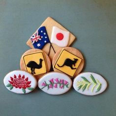 flowers are Australian native flowers. I am a Japanese live in Australia! Fondant Cookies, Edible Cookies, Cupcakes, Iced Cookies, Sugar Cookies, Cookie Designs, Cookie Ideas, Australian Cookies, Leaving Party