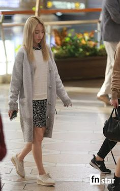 10 Hot Airport Fashion moments with SNSD's TaeYeon ~ Wonderful Generation ~ All About SNSD, Wonder Girls, and f(x)
