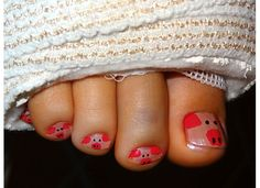 This little piggy went to market. This little piggy stayed home. This little piggy had roast beef, This little piggy had none. And this little piggy went wee wee wee all the way home So Nails, How To Do Nails, Cute Nails, Pretty Nails, Hair And Nails, Manicure E Pedicure, Mani Pedi, Pedicures, Fru Fru
