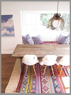Tapis mexicain dans une intérieur contemporain / Mexican rugs wisely used in a contemporary interior