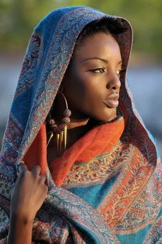 A Beautiful Portrait of an African Lady ~People - 50 Most Popular Human Portraits of 2014 Woman in Blue Nihang Sikh, photo by Mark Hartman. African Beauty, African Women, African Fashion, African Girl, African Scarf, African Tribes, Black Is Beautiful, Beautiful Women, Stunningly Beautiful