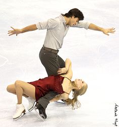 Kaitlyn Weaver & Andrew Poje  2012 Canadian Championships  Free Dance    I like this photo because it's different from the photos I've usually seen of Kaitlyn & Andrew's FD.
