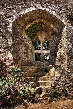 Isabella's window carisbrooke castle isle of wight England I thought this was a door, but it's a really great window with stone steps and seats outside. Wonderful texture and ambiance. Isabella's window carisbrooke castle isle of wight England. Beautiful Buildings, Beautiful Places, Beautiful Ruins, Beautiful Life, Amazing Places, Carisbrooke Castle, Palaces, Gates, Abandoned Places