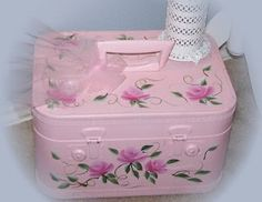 Tea Cottage Pretties: VINTAGE TRAIN CASES NO LONGER JUST FOR TRAVEL