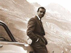 Sean Connery as James Bond | De Bond-persona uit de films, every inch a gentleman, lijkt wèl erg ...