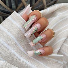 Kylie Nails, Aycrlic Nails, Hair And Nails, Stiletto Nails, Cute Acrylic Nail Designs, Best Acrylic Nails, Coffin Nails Long, Long Nails, French Nails