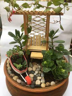 Miniature Succulent Garden Crafts 45 Ideas For 2019 Garden Crafts, Garden Projects, Garden Art, Diy Projects, Mini Fairy Garden, Fairy Garden Houses, Succulent Gardening, Succulents Garden, Fairy Garden Furniture