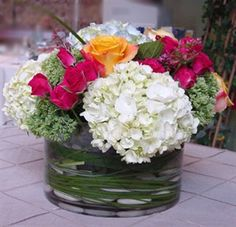 table arrangement - we planted Hydrangeas and daisies this year - maybe we can make some fresh table toppers next year!!