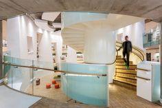 Clapham Library by Studio Egret West Architecture Wallpaper, Architecture Images, Amazing Architecture, Wallpaper Magazine, Private Sector, London Life, Dezeen, Staircase Design, Studio