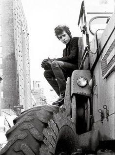 ♡♥Bob Dylan on a truck♥♡