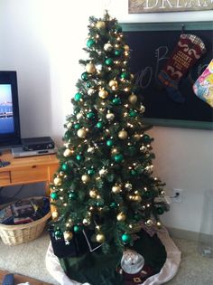 """My #Baylor Proud Christmas tree!"" (via @chelsi_p)"