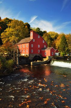 Clinton, NJ., is only a short drive from me. The Red Mill is lovely against the fall colors.